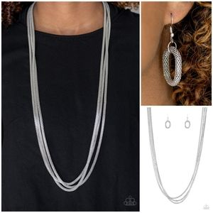 Paparazzi Street Sweep Silver Necklace Set